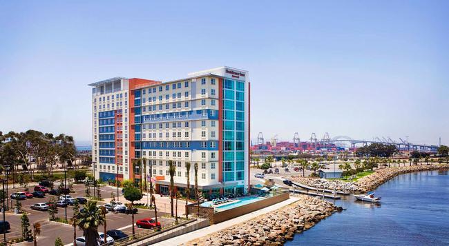 Residence Inn by Marriott Long Beach Downtown - ロングビーチ - 建物