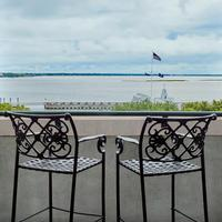 Harbourview Inn Balcony