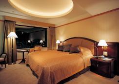 札幌プリンスホテル - 札幌市 - 寝室