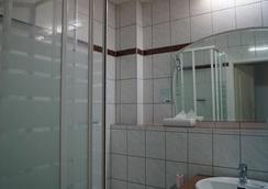 アントレ ホテル ベルリン カールスホルスト - ベルリン - 浴室
