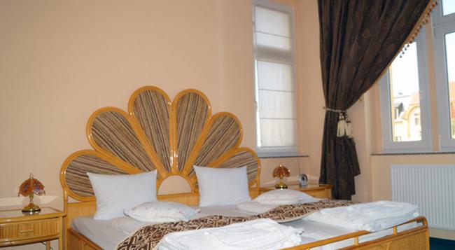 アントレ ホテル ベルリン カールスホルスト - ベルリン - 寝室