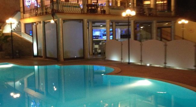 Hotel Solanas - ヴィッラシミーウス - 建物
