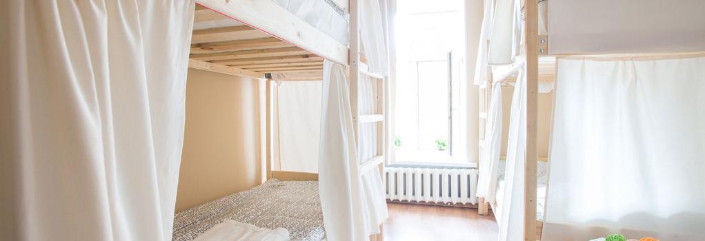 Hostels Rus na Vosstaniya - サンクトペテルブルク - 寝室