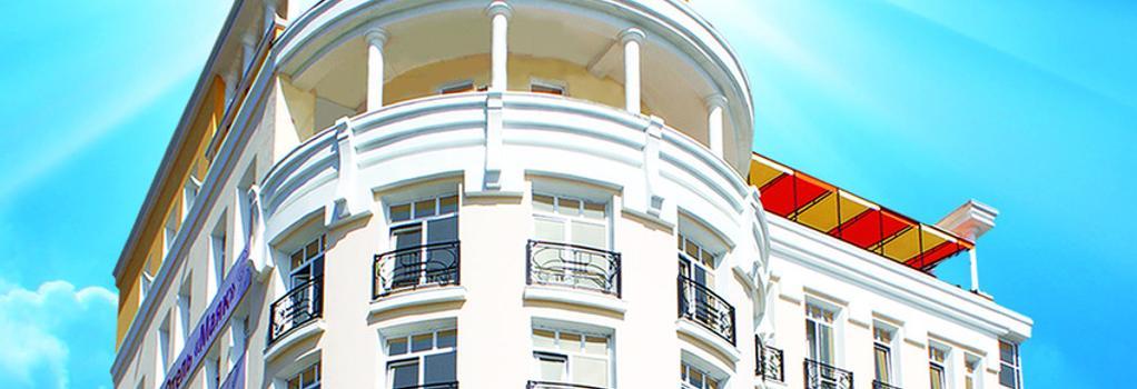 マヤーク ホテル - Listvyanka - 屋外の景色