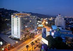 ル パーク スイート ホテル - ウェスト・ハリウッド - 建物