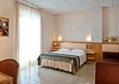 Park Hotel La Grave - Castellana Grotte - 寝室