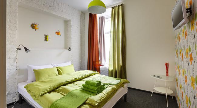 ステーション ホテル K43 - サンクトペテルブルク - 寝室