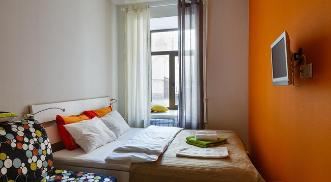 ステーション ホテル G73 - サンクトペテルブルク - 寝室
