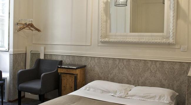 ホテル パリ サン トノレ - パリ - 寝室