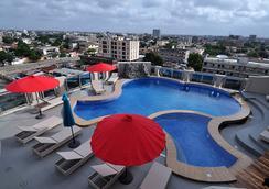 Bénin Royal Hôtel - Cotonou - プール