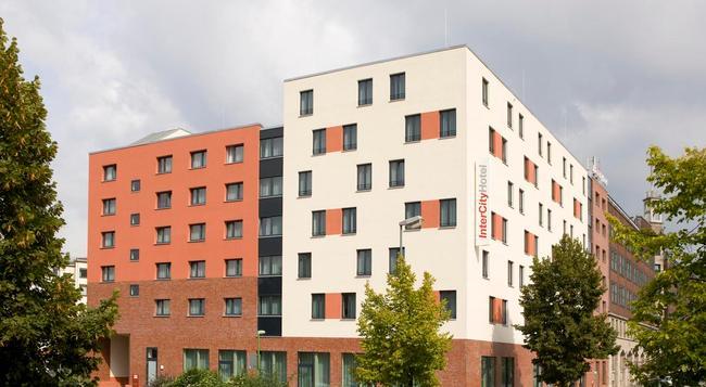 インターシティホテル エッセン - エッセン - 屋外の景色