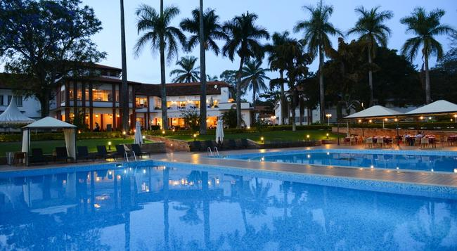 Laico Lake Victoria Hotel - エンテベ - プール