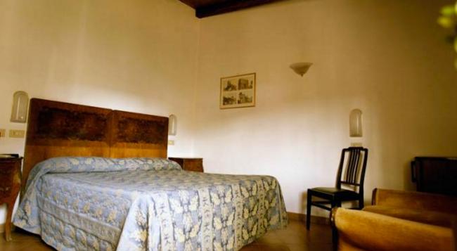 Albergo Del Sole Al Biscione - ローマ - 寝室