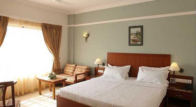Ashirwad Heritage Resort - Kumarakom - 寝室
