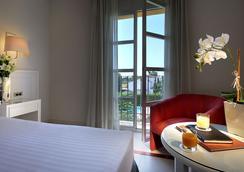 Exe Gran Hotel Solucar - Sanlucar La Mayor - 寝室