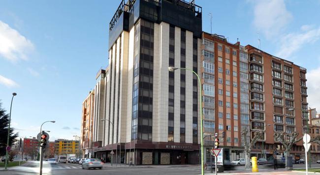 ホテル プエルタ デ ブルゴス - ブルゴス - 建物