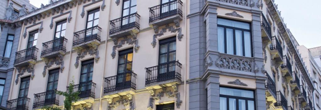 ユーロスターズ グラン ビア - グラナダ - 建物