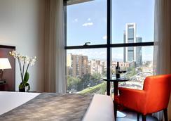 ホテル ヴィア カステリャナ - マドリード - 寝室