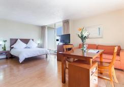 エグゼ スイーツ サン マリーノ - メキシコシティ - 寝室
