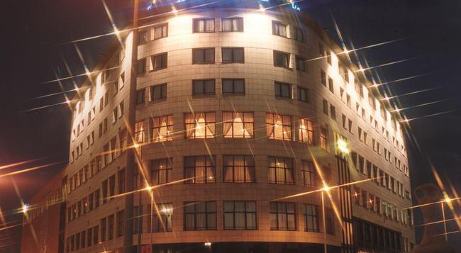 ホテル ビヤレアル パレス - Vila-real - 建物