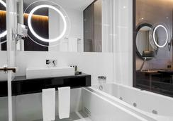 ベッサホテル リベルダーデ - リスボン - 浴室