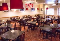 Grand Williston Hotel & Conference Center - ウィリストン - バー