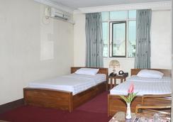 ナイス デイ ホテル - ヤンゴン - 寝室