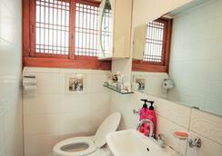 ブクチョンマル ハノク ゲストハウス - ソウル - 浴室