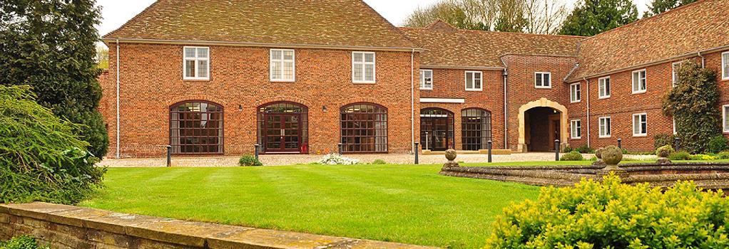 マディングリー ホール - ケンブリッジ - 建物