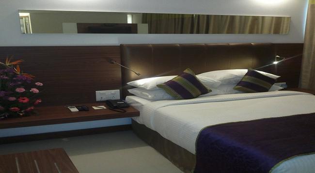 The Urban Hotel - バンガロール - 寝室