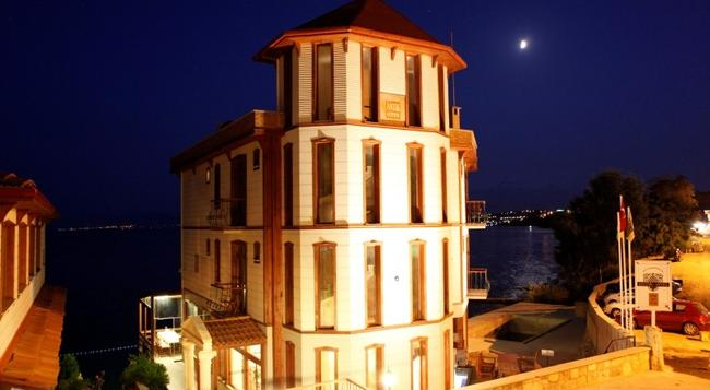Sinop Antik Hotel - Sinop - 建物