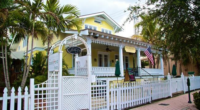 Palm Beach Hibiscus Bed & Breakfast - ウェストパームビーチ - 建物