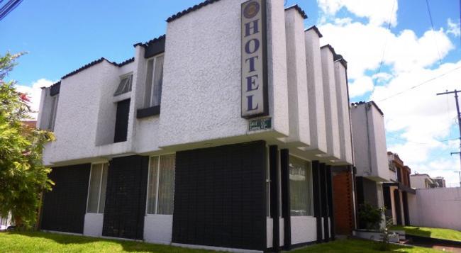 Casa Hotel La Estancia - ボゴタ - 建物