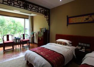 Qufu Mingzuo Xingtan Hotel