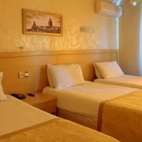 Royal Carine Hotel Guestroom