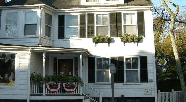 Nantucket White House Inn - ナンタケット島 - 建物