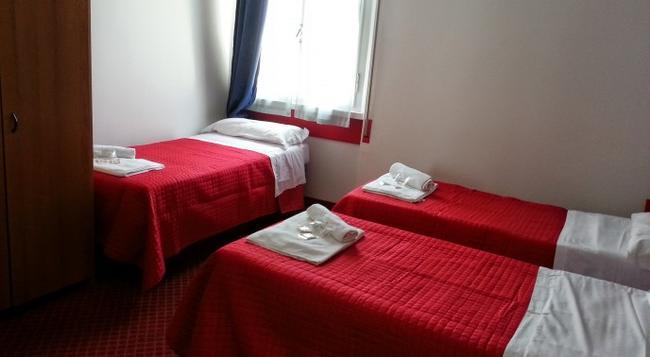 Costa d'Oro - リミニ - 寝室