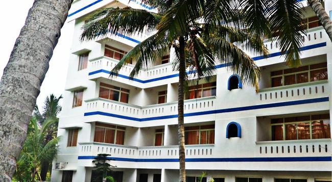 Vedanta Wake up - Kovalam, Hawa Beach - コーバラム - 建物