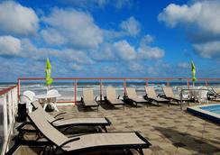 Roomba Inn & Suites - デイトナ・ビーチ - プール