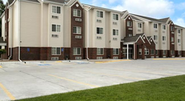 Microtel Inn & Suites by Wyndham Kearney - カーニー - 建物