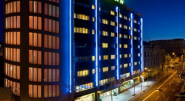 サレス ホテル ペレ IV - バルセロナ - 建物