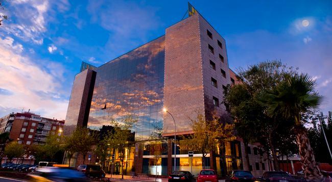 シウタット デル プラット - El Prat de Llobregat - 建物