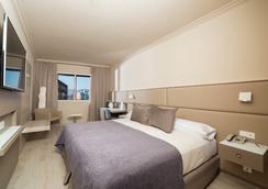 サレス ホテル ペレ IV - バルセロナ - 寝室