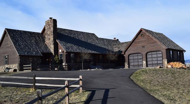 Windmill Inn LLC - コーディ - 屋外の景色