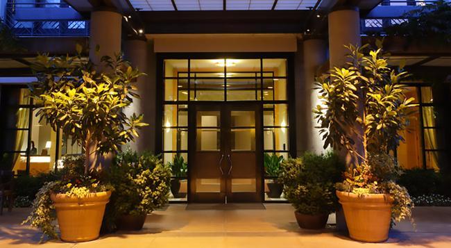 Hotel Bellevue - ベルビュー - 建物