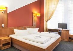 ホテル-ペンション インゾア - ベルリン - 寝室