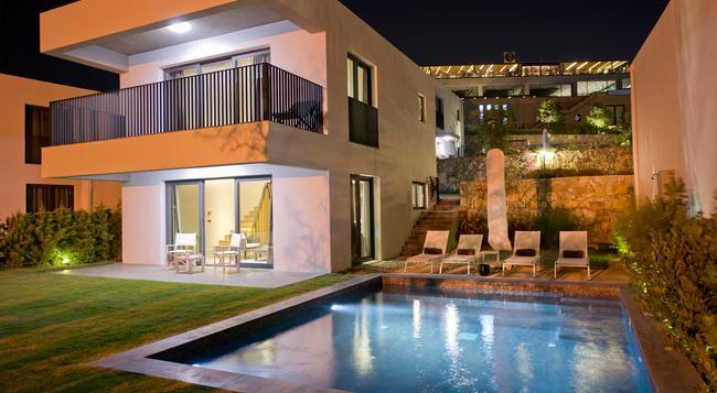 Bodrum Luxury Villas - ボドルム - 建物