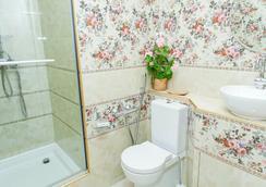 Dom Kumovicha - サンクトペテルブルク - 浴室
