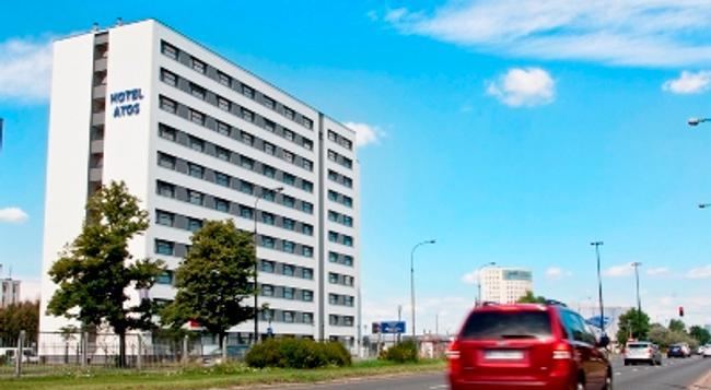 スタート ホテル アトス - ワルシャワ - 建物