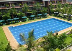 Kabira Country Club - Kampala - プール